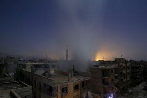 Edificio recién bombardeado en Siria. Foto:AFP