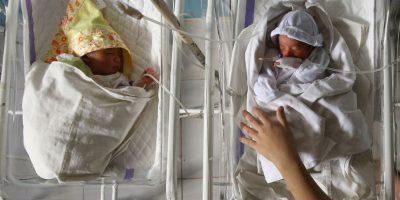 Los bebés prematuros pueden sufrir hemorragias cerebrales durante el parto y en los días inmediatamente posteriores a este. Foto:Getty Images
