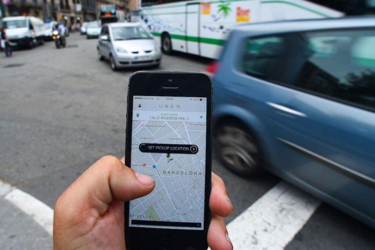Para que no paguen demasiado, pueden dividir la tarifa con sus amigos y que cada quien pague un porcentaje. Foto:Uber