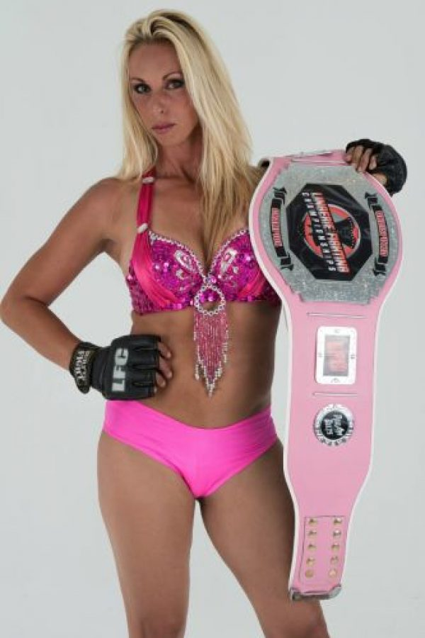 "Feather ""The Hammer"" Hadden es la actual campeona Foto: Vía facebook.com/lfcfighting"