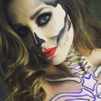 La cantante mexicana se sumó a la moda de las catrinas. Foto:vía instagram.com/anahi