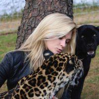 La modelo Shayna Terese Taylor. Foto:instagram.com/blackjaguarwhitetiger