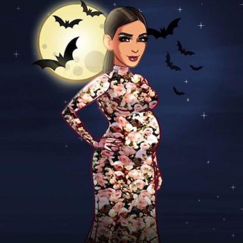 Kim Kardashian celebró un look embarazada para noche de brujas. Foto:Instagram.com