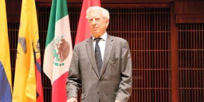Mario Vargas Llosa habla de mundos maravillosos y critica a Donald Trump