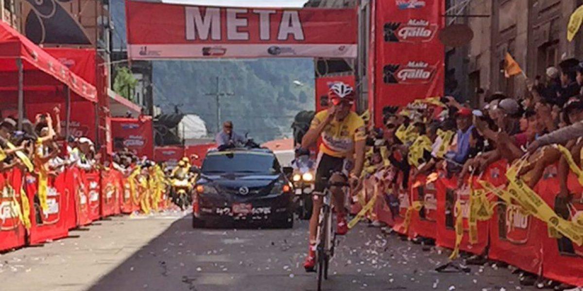 Román Villalobos de Costa Rica es el campeón de la Vuelta a Guatemala
