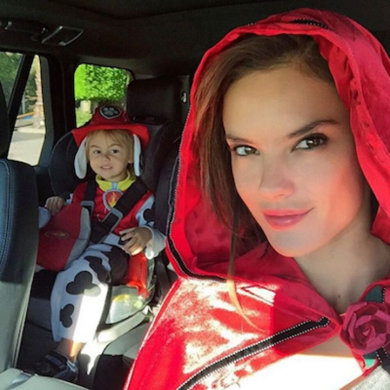 Alessandra Ambrosio y su hijo Noah Foto:Instagram.com