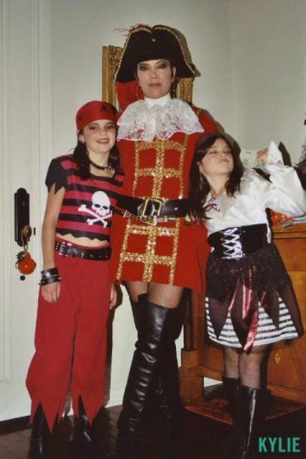 Estas pequeñas piratas se convirtieron en dos de las famosas más codiciadas del momento. Foto:Kylie Jenner.com