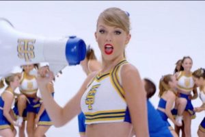 """""""Cause the players gonna play, play, play, play, play and the haters gonna hate, hate, hate, hate"""". Foto:YouTube/taylorswiftVEVO"""