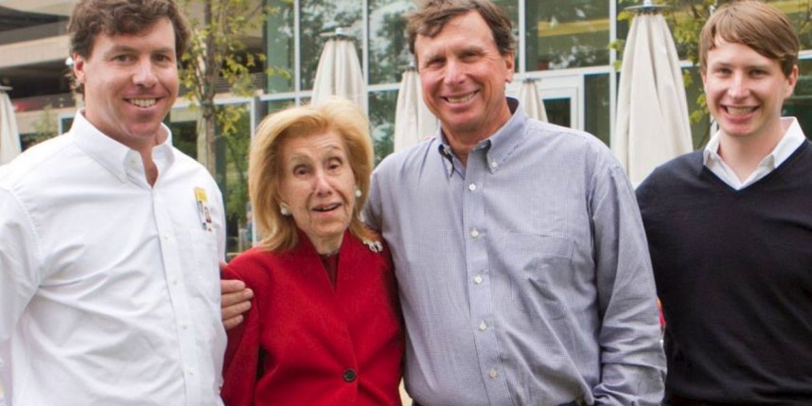 7. La estadounidense Anne Cox Chambers ha forjado una fortuna estimada en 17 mil millones de dólares, con su empresa de telecomunicaciones Cox. Foto:Vía facebook.com/CoxEnterprises
