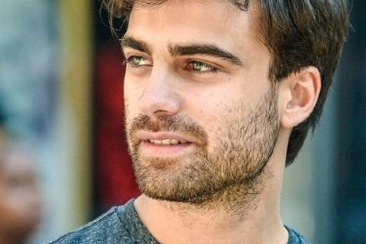 """En la actualidad está coprotagonizando la telenovela argentina """"Entre Caníbales"""". Foto:vía instagram.com/santiramundo"""