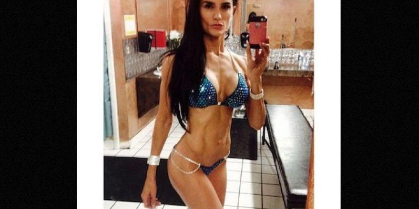 "Fue acusada de publicar ""fotos pornográficas"" por los padres de sus alumnos Foto: Instagram.com/minscakes/"