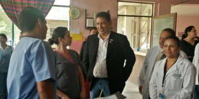 Ministro de Salud prohíbe realizar convivios con ingresos del Ministerio