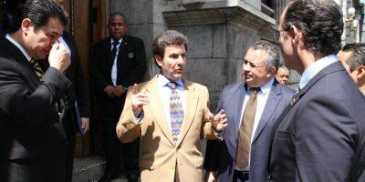 Entregan iniciativa de ley para retener empleos en maquila y exportación