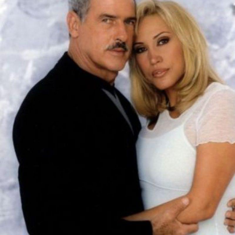 """Andrés García era """"Javier Duarte"""", esposo de """"Yolanda"""". Foto:vía Televisa"""
