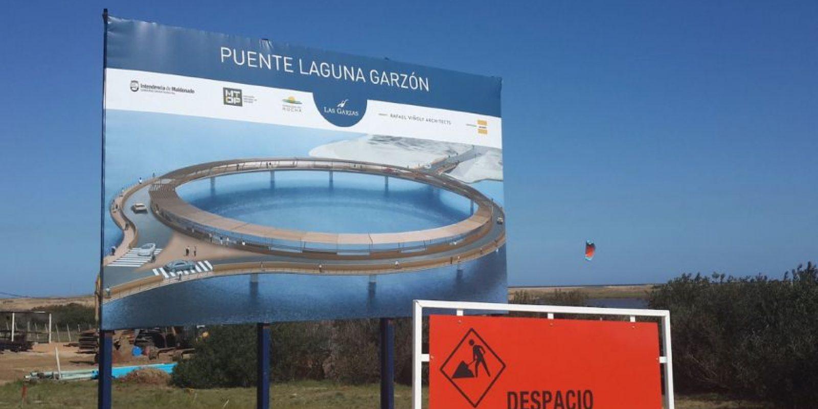 """De acuerdo con el diario uruguayo """"El País"""", la entrega del Puente Laguna Garzón está programada para el 22 de diciembre. Foto:Vía facebook.com/lagunagarzon"""