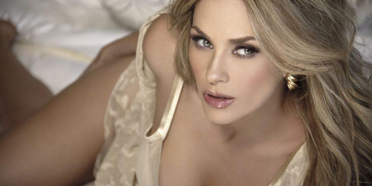 La ex de Luis Miguel publica video presumiendo su sexy figura en bikini