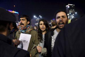 """""""Es inimaginable que metieran tanta gente aquí para un concierto"""", explicó el presidente Klaus Iohannis. Foto:AFP"""
