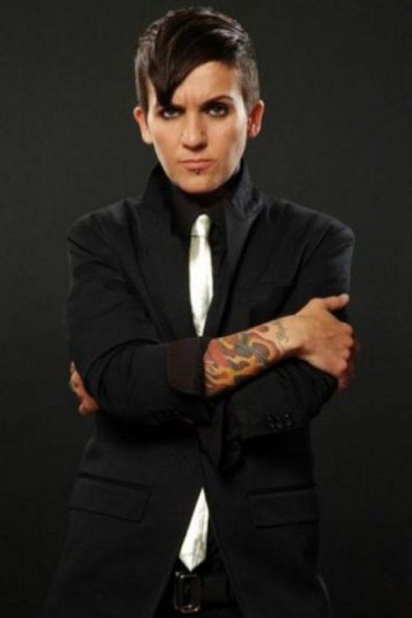 """Sin embargo, en 2010 comenzó su terapia hormonal y ahora luce así. Actualmente es vocalista de la banda de rock """"The Clicks"""". Foto:Vía Tumblr"""