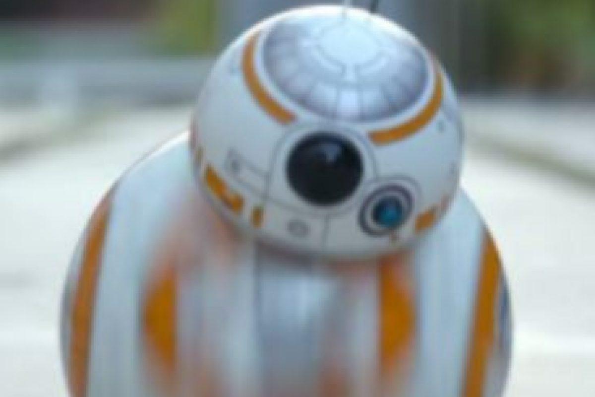 """Bola Sphero """"BB-8"""" con control remoto Foto:Sphero"""