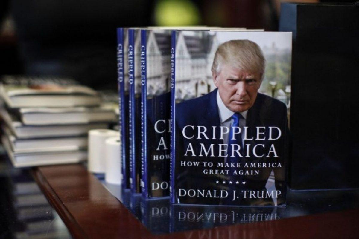 """Recientemente Trump presentó su libro """"Crippled América"""" Foto:AFP"""
