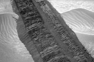 Mientras que en la vida real, la NASA desarrolló esta tecnología llamada HERA Foto:Getty Images