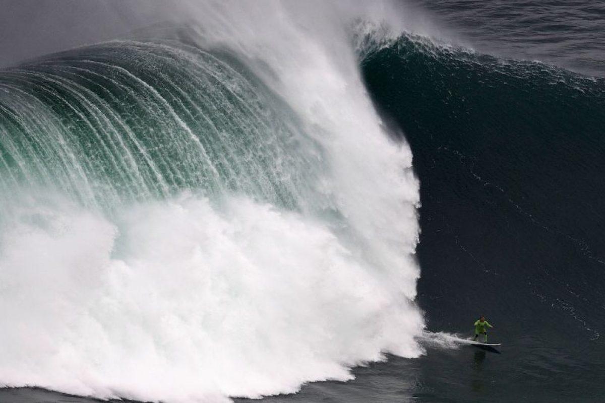 El surfer Garrett McNamara en Portugal. Foto:AFP