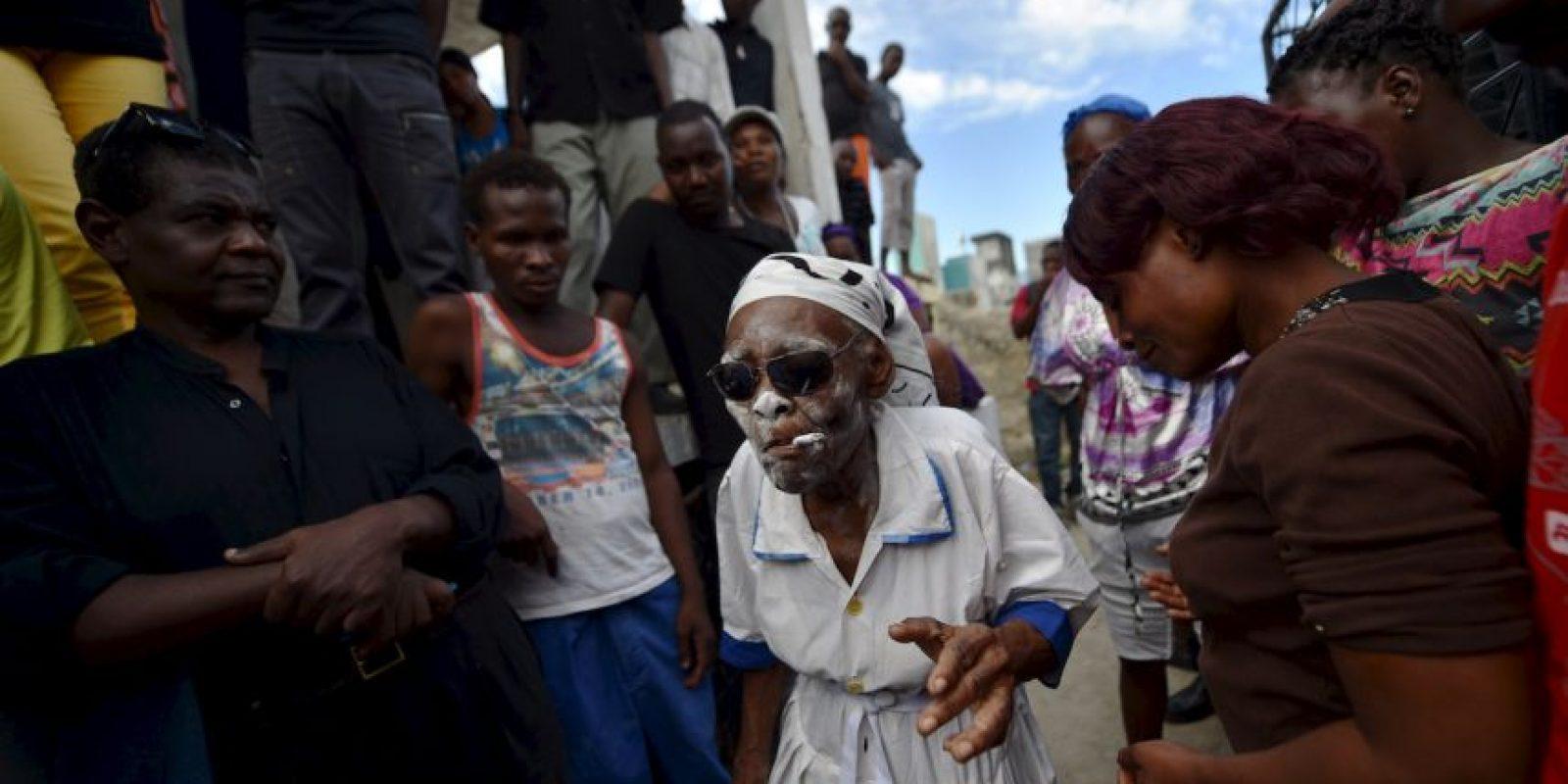 Celebración por el Día de Muertos en Haití. Foto:AFP