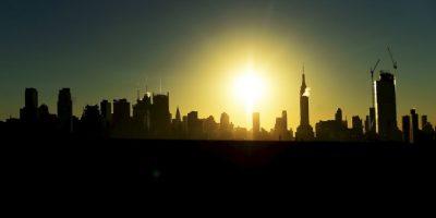 Amanecer en Manhattan, Nueva York. Foto:AFP