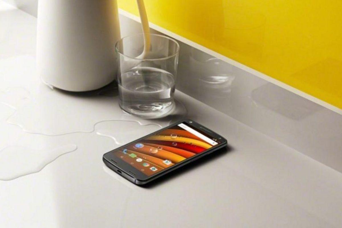 Resiste a salpicaduras de agua. Foto:Motorola