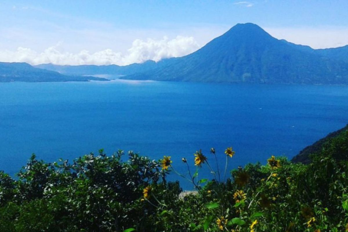 Se ubica en la zona del Altiplano Guatemalteco, donde se combina la herencia cultural maya con espectaculares paisajes naturales. Foto:Vía https://instagram.com/explore/tags/atitlan
