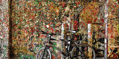 Este mítico y pegajoso rincón atrae mucho turistas y curiosos Foto:Vía Flickr.com