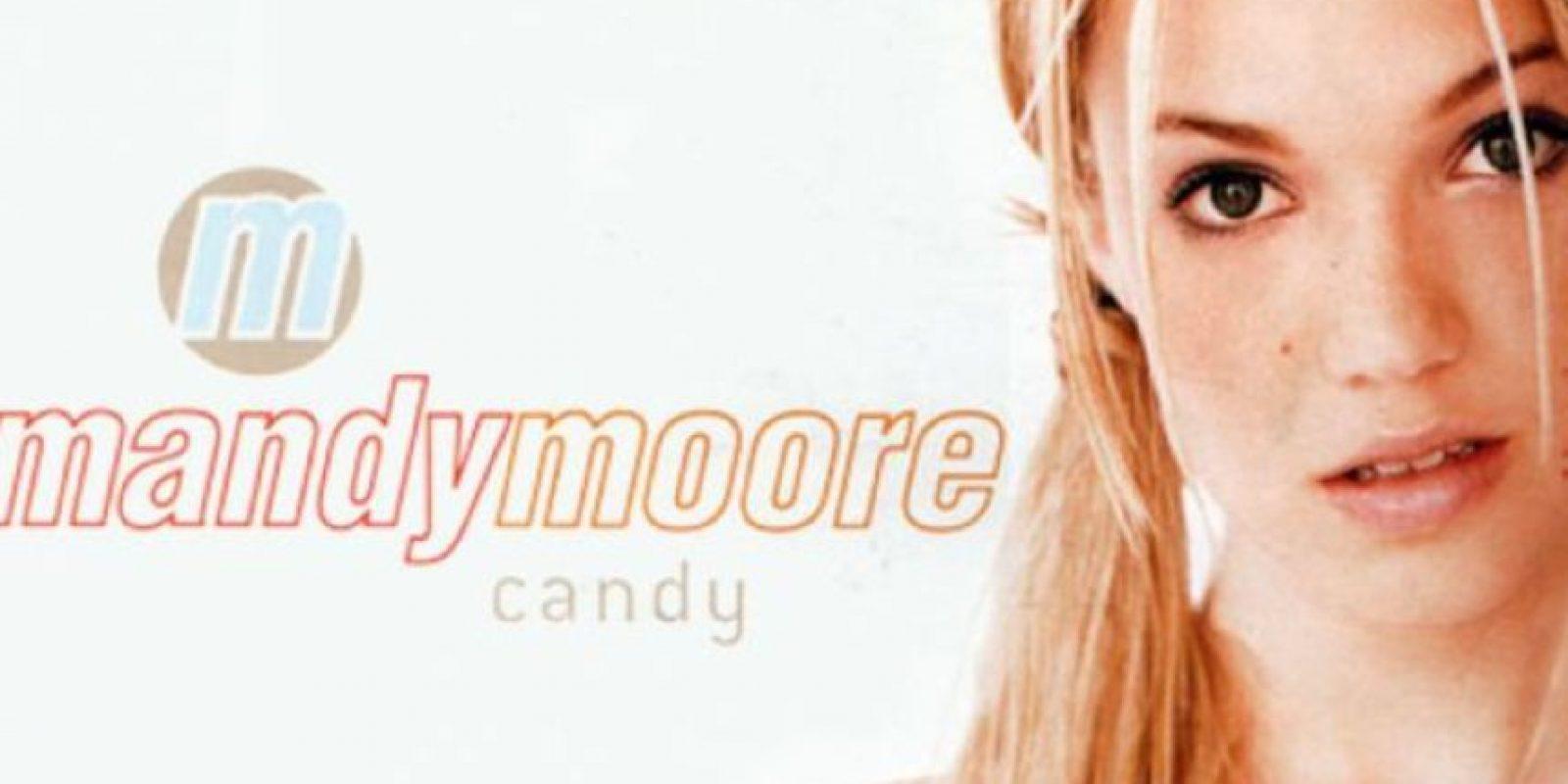 Era finales de la década de los 90 y entre Britney Spears, Jessica Simpson y Christina Aguilera había otra contendora por la popularidad. Foto:vía Coveralia