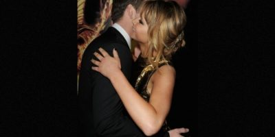 """""""Si teníamos una escena de beso, ella se aseguraba de comer ajo, atún o algo desagradable"""", explicó Hemsworth en una entrevista con Jimmy Fallon. Foto:Getty Images"""