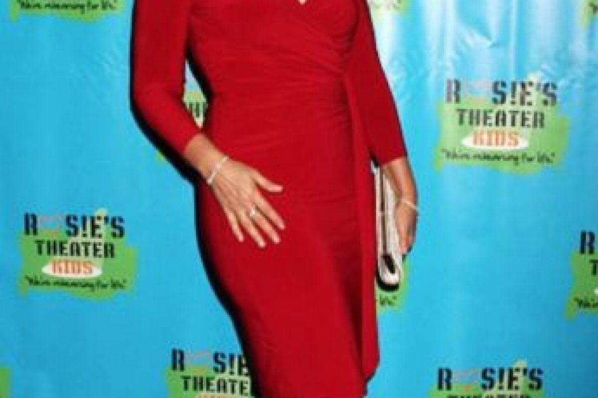 """Fran Drescher tuvo cáncer de útero. En 2005 volvió con la serie """"Living With Fran"""". Foto:vía Facebook/Fran Drescher"""