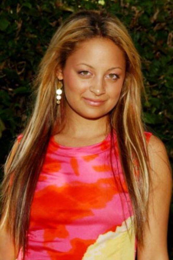 Las extensiones obvias de pelo. Foto:vía Getty Images