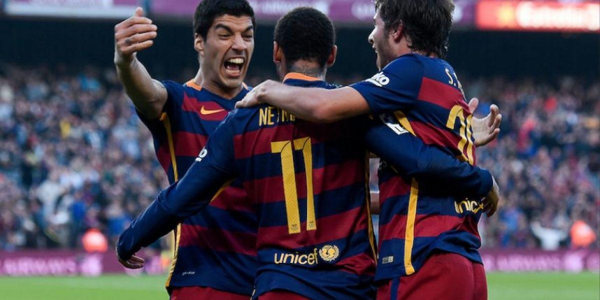 Neymar y Suárez hacen olvidar al lesionado Messi