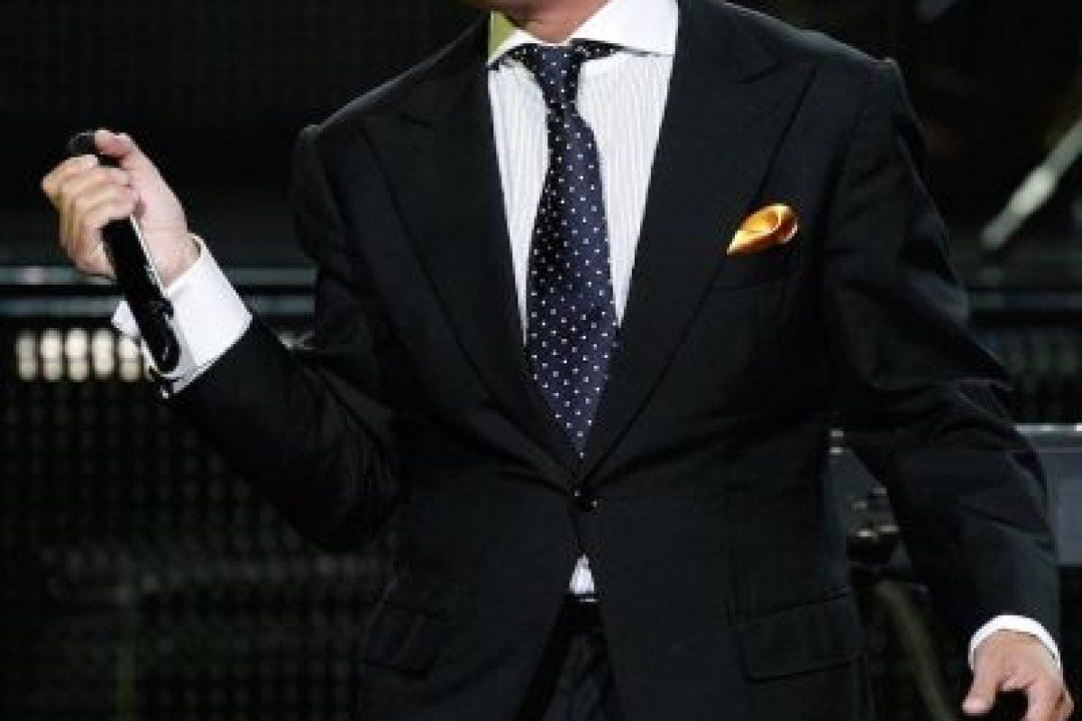 Recientemente, los abogados de Luis Miguel dieron a conocer que padece tinnitus. Foto:Getty Images