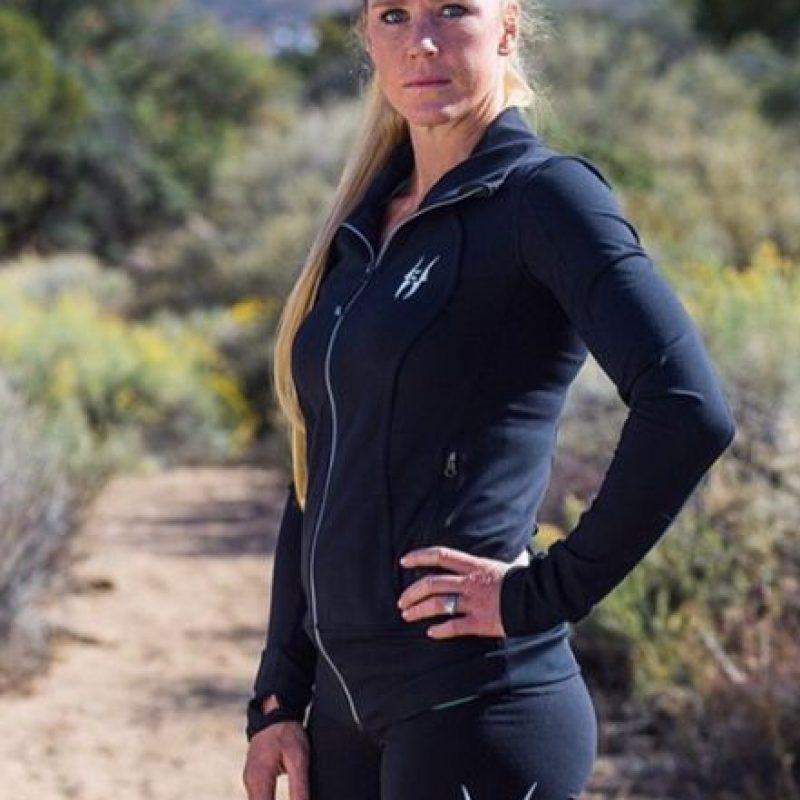 Su próxima pelea será ante Ronda Rousey el 2 de enero de 2016 en UFC 195. Foto:Vía instagram.com/_hollyholm