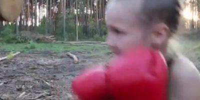 Ronda Rousey presenta a su sucesora de solo 8 años