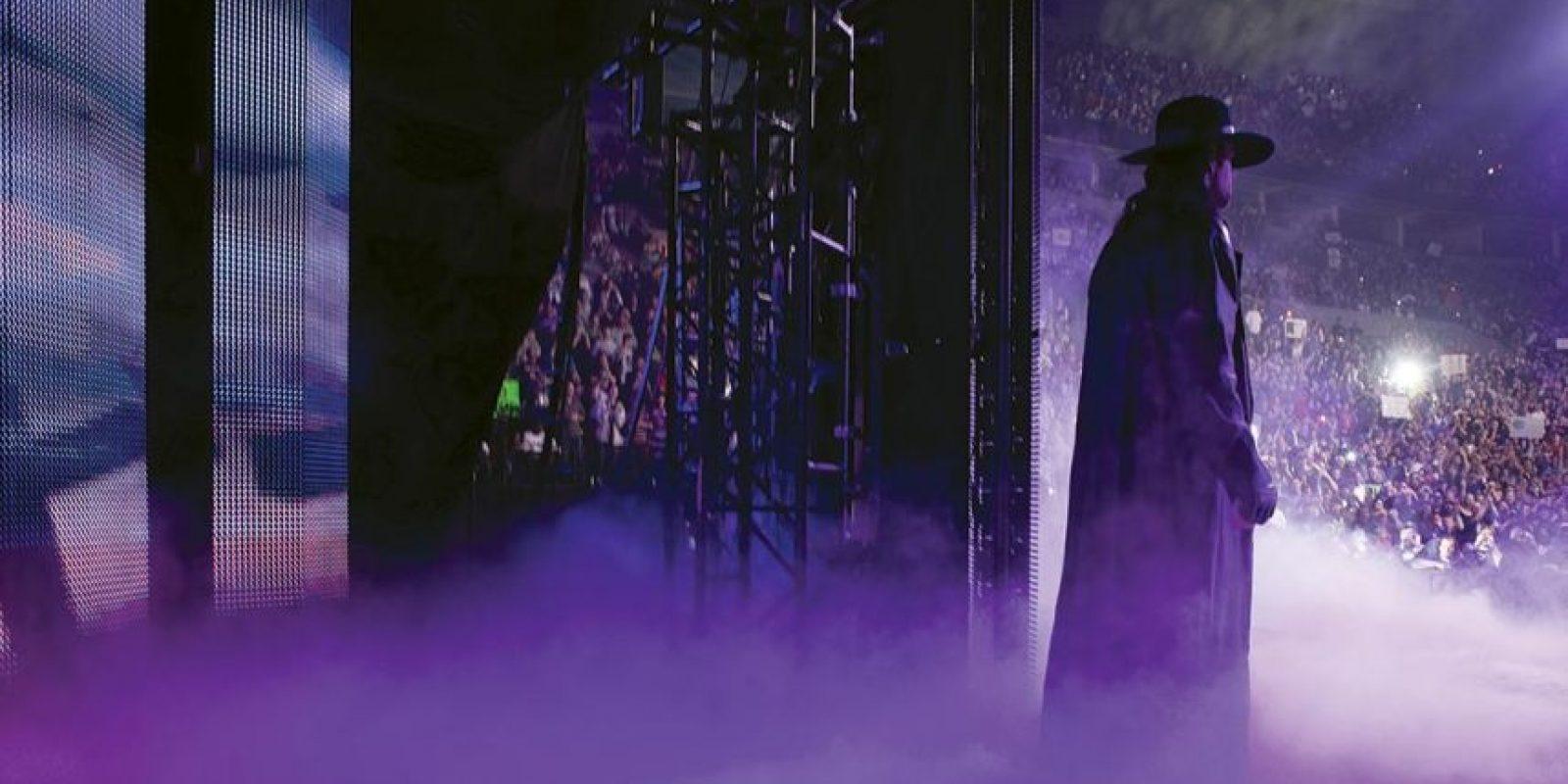 """Tras varios años compitiendo por su cuenta y con reuniones sólo en encuentros no oficiales, los """"Hermanos de la Destrucción"""" aparecieron en octubre de 2006 en SmackDown. Foto:WWE"""