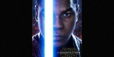 "John Boyega como ""Finn"" en nuevo póster de ""Star Wars: The Force Awakens"". Foto: Facebook/StarWars.LATAM"