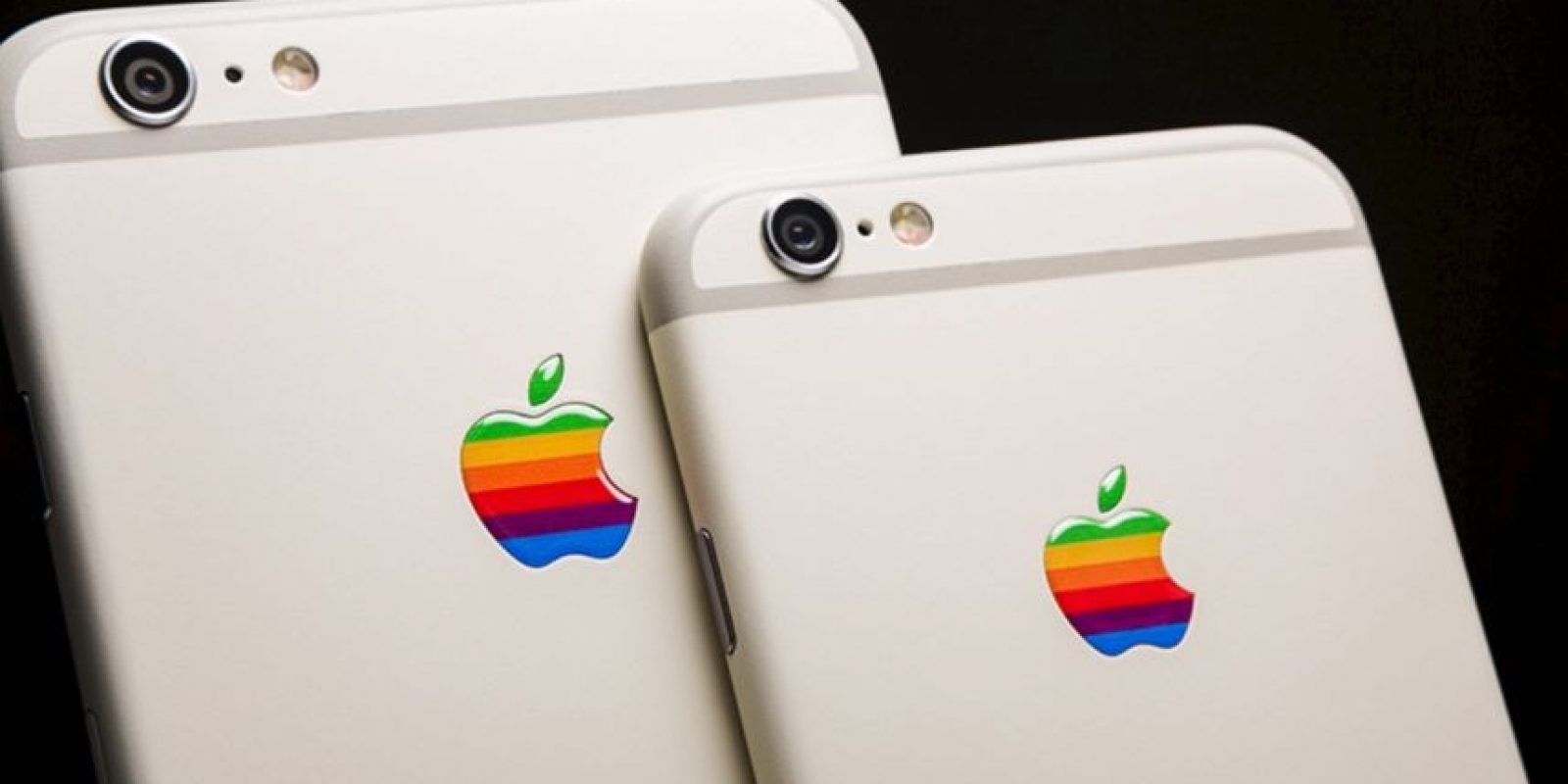 iPhone 6s y iPhone 6s Plus al estilo del Apple IIe. Foto: vía colorware.com