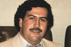 """A pesar de su gran fortuna, de acuerdo a declaraciones de su hijo Sebastián Marroquín (Juan Pablo Escobar), solamente conserva """"un reloj, con mucho cariño"""". Foto:Wikimedia"""
