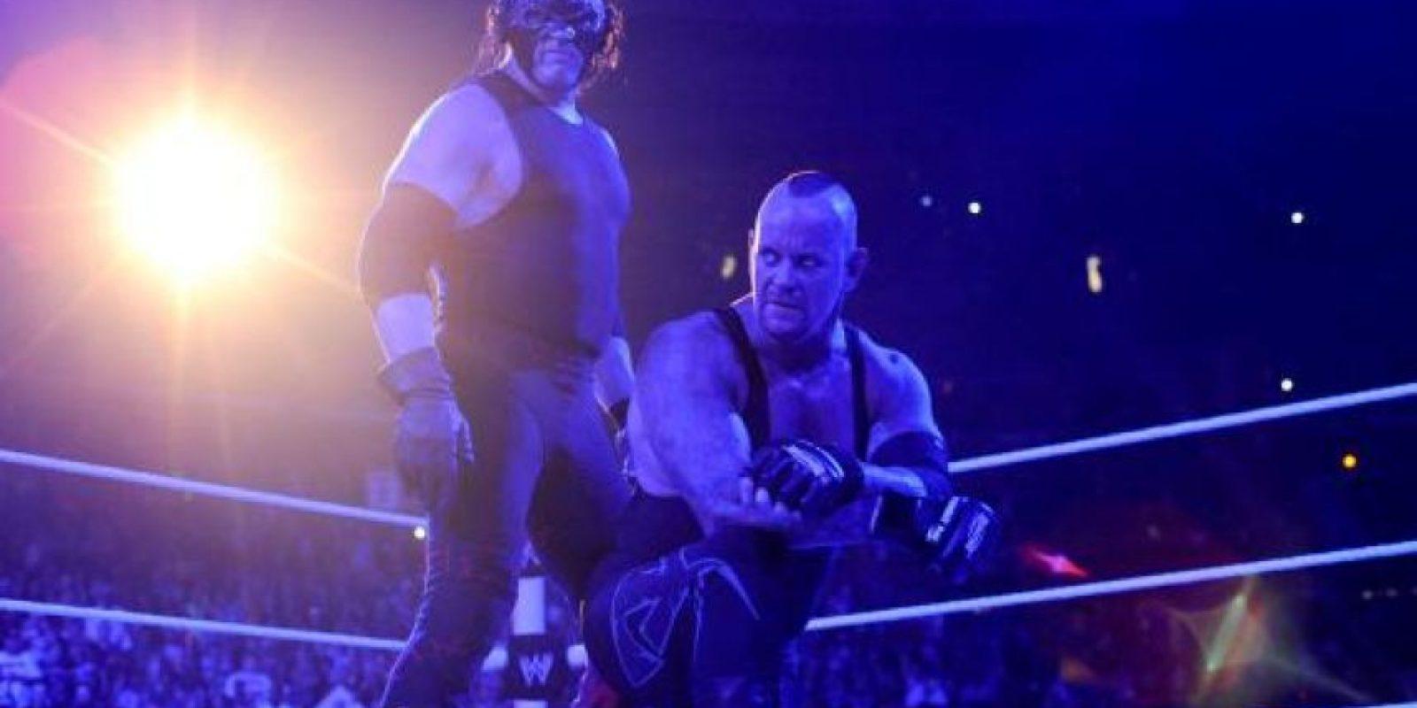 Después de esto, The Undertaker fue secuestrado por The Wyatt Family, y Kane en su intento de rescate, también fue privado de su libertad. Foto:WWE