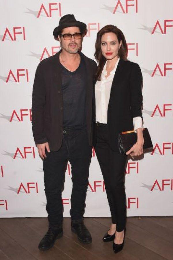 """Angelina Jolie y Brad Pitt se enamoraron durante el rodaje de la película """"Sr. y Sra. Smith"""". Foto:Getty Images"""