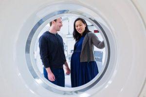 1- Mark Zuckerberg (Facebook) y Priscilla Chan. Foto:facebook.com/zuck