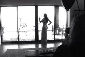 """Durante uno de los episodios de su documental """"I'm Cait"""", la estrella transexual causó gran polémica al mostrar su rostro sin maquillaje. Foto:Vanity Fair"""