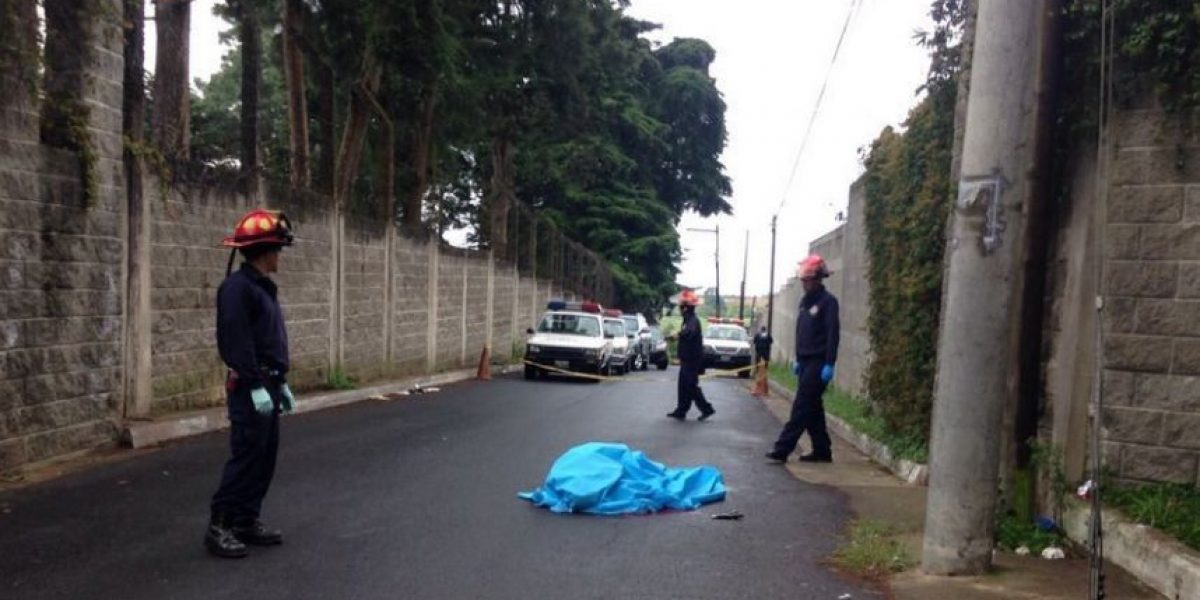 Asesinan a visitante de reo en la entrada de la cárcel Fraijanes 2