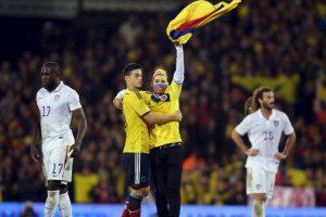 9. La última vez que jugaron un partido eliminatorio en Chile, Colombia se impuso 3-1 (11 de septiembre de 2012) Foto:Getty Images