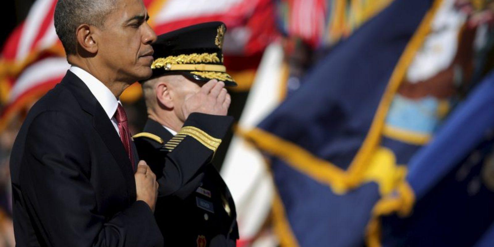 """""""En estos terrenos sagrados, donde generaciones de héroes han venido a descansar, recordamos a todos los que hicieron el máximo sacrificio por nuestra nación"""", destacó Obama durante la ceremonia del miércoles. Foto:Getty Images"""